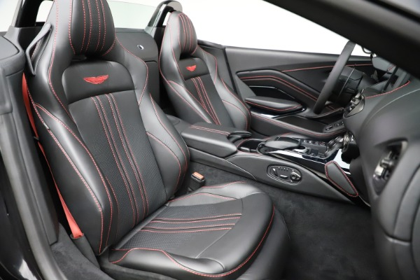 New 2021 Aston Martin Vantage Roadster Convertible for sale $189,186 at Rolls-Royce Motor Cars Greenwich in Greenwich CT 06830 20