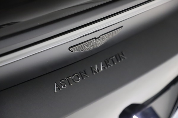 New 2021 Aston Martin Vantage Roadster for sale Sold at Rolls-Royce Motor Cars Greenwich in Greenwich CT 06830 21