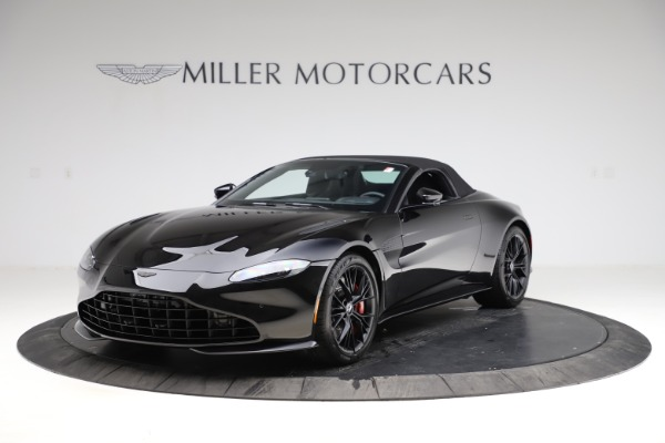 New 2021 Aston Martin Vantage Roadster Convertible for sale $189,186 at Rolls-Royce Motor Cars Greenwich in Greenwich CT 06830 27