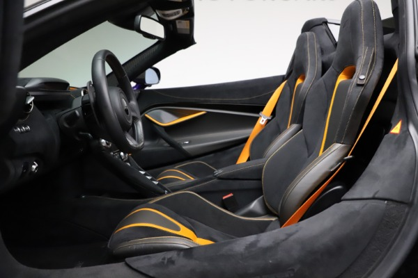 Used 2020 McLaren 720S Spider for sale Call for price at Rolls-Royce Motor Cars Greenwich in Greenwich CT 06830 24