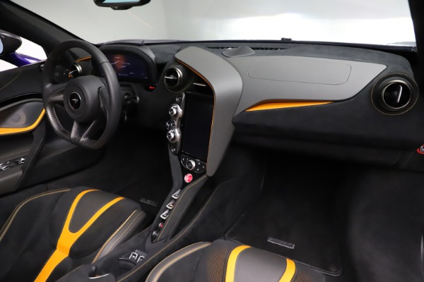 Used 2020 McLaren 720S Spider for sale Call for price at Rolls-Royce Motor Cars Greenwich in Greenwich CT 06830 28