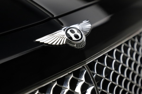 Used 2018 Bentley Bentayga W12 Signature Edition for sale $154,900 at Rolls-Royce Motor Cars Greenwich in Greenwich CT 06830 15