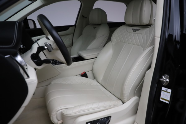 Used 2018 Bentley Bentayga W12 Signature Edition for sale $154,900 at Rolls-Royce Motor Cars Greenwich in Greenwich CT 06830 20
