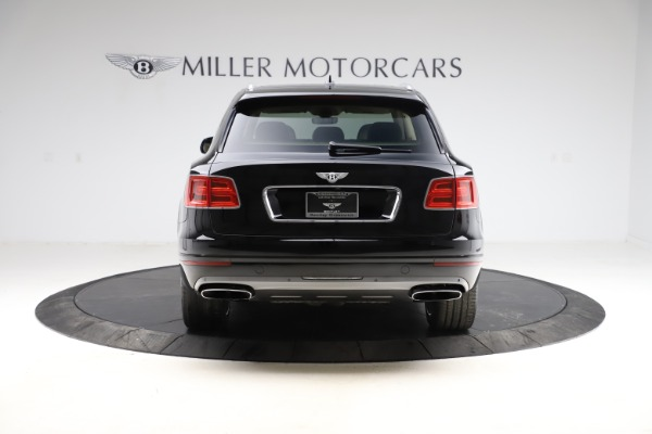 Used 2018 Bentley Bentayga W12 Signature for sale $154,900 at Rolls-Royce Motor Cars Greenwich in Greenwich CT 06830 6