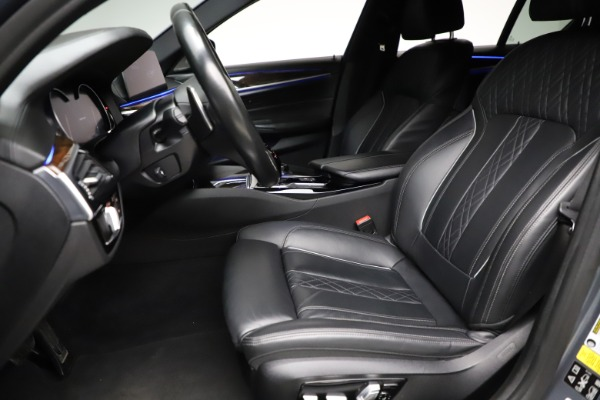Used 2018 BMW 5 Series M550i xDrive for sale $49,900 at Rolls-Royce Motor Cars Greenwich in Greenwich CT 06830 14