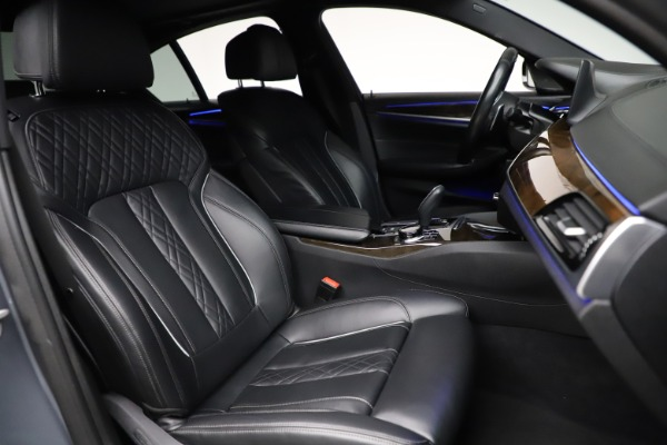Used 2018 BMW 5 Series M550i xDrive for sale $49,900 at Rolls-Royce Motor Cars Greenwich in Greenwich CT 06830 21