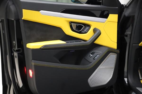 Used 2019 Lamborghini Urus for sale $249,900 at Rolls-Royce Motor Cars Greenwich in Greenwich CT 06830 20