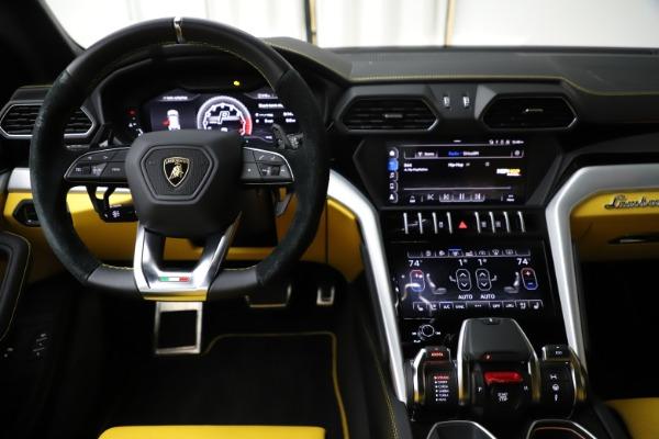 Used 2019 Lamborghini Urus for sale $249,900 at Rolls-Royce Motor Cars Greenwich in Greenwich CT 06830 23