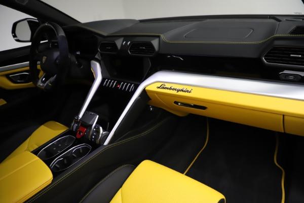 Used 2019 Lamborghini Urus for sale $249,900 at Rolls-Royce Motor Cars Greenwich in Greenwich CT 06830 24