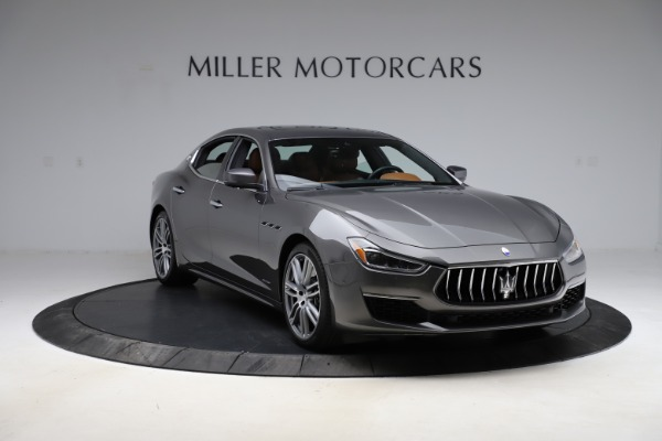 Used 2018 Maserati Ghibli SQ4 GranLusso for sale Call for price at Rolls-Royce Motor Cars Greenwich in Greenwich CT 06830 11