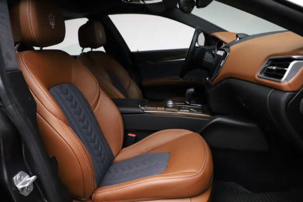 Used 2018 Maserati Ghibli SQ4 GranLusso for sale Call for price at Rolls-Royce Motor Cars Greenwich in Greenwich CT 06830 22