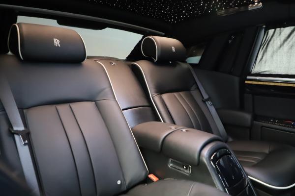 Used 2015 Rolls-Royce Phantom EWB for sale $289,900 at Rolls-Royce Motor Cars Greenwich in Greenwich CT 06830 15