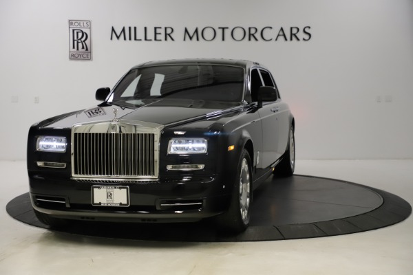 Used 2015 Rolls-Royce Phantom EWB for sale $289,900 at Rolls-Royce Motor Cars Greenwich in Greenwich CT 06830 1