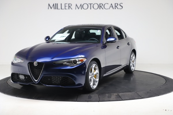 New 2021 Alfa Romeo Giulia Ti Sport Q4 for sale $52,100 at Rolls-Royce Motor Cars Greenwich in Greenwich CT 06830 1