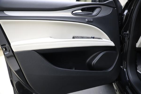 New 2021 Alfa Romeo Stelvio Ti Sport Q4 for sale $54,950 at Rolls-Royce Motor Cars Greenwich in Greenwich CT 06830 17