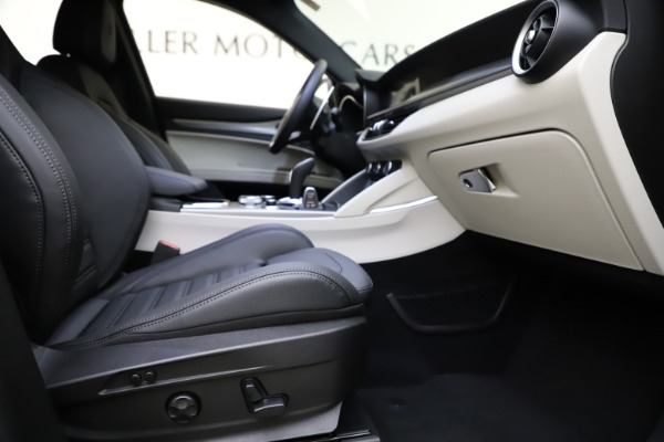New 2021 Alfa Romeo Stelvio Ti Sport Q4 for sale $54,950 at Rolls-Royce Motor Cars Greenwich in Greenwich CT 06830 23