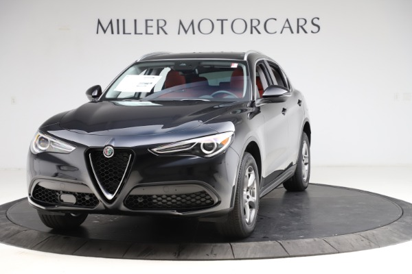 New 2021 Alfa Romeo Stelvio Q4 for sale $48,645 at Rolls-Royce Motor Cars Greenwich in Greenwich CT 06830 1