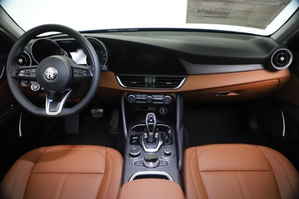 New 2021 Alfa Romeo Giulia Ti Q4 for sale $51,100 at Rolls-Royce Motor Cars Greenwich in Greenwich CT 06830 16