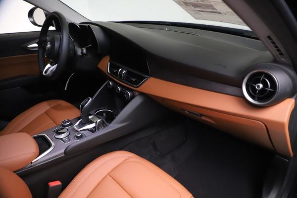 New 2021 Alfa Romeo Giulia Ti Q4 for sale $51,100 at Rolls-Royce Motor Cars Greenwich in Greenwich CT 06830 22