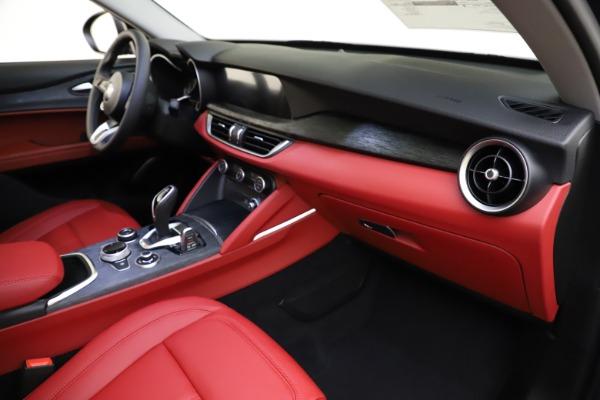 New 2021 Alfa Romeo Stelvio Q4 for sale $48,050 at Rolls-Royce Motor Cars Greenwich in Greenwich CT 06830 22