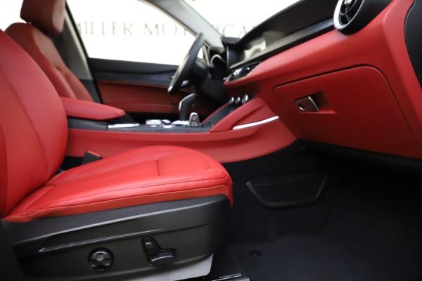 New 2021 Alfa Romeo Stelvio Q4 for sale $48,050 at Rolls-Royce Motor Cars Greenwich in Greenwich CT 06830 23