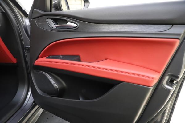 New 2021 Alfa Romeo Stelvio Q4 for sale $48,050 at Rolls-Royce Motor Cars Greenwich in Greenwich CT 06830 25