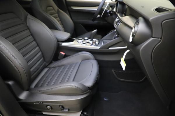 New 2021 Alfa Romeo Stelvio Ti Sport Q4 for sale $56,450 at Rolls-Royce Motor Cars Greenwich in Greenwich CT 06830 24