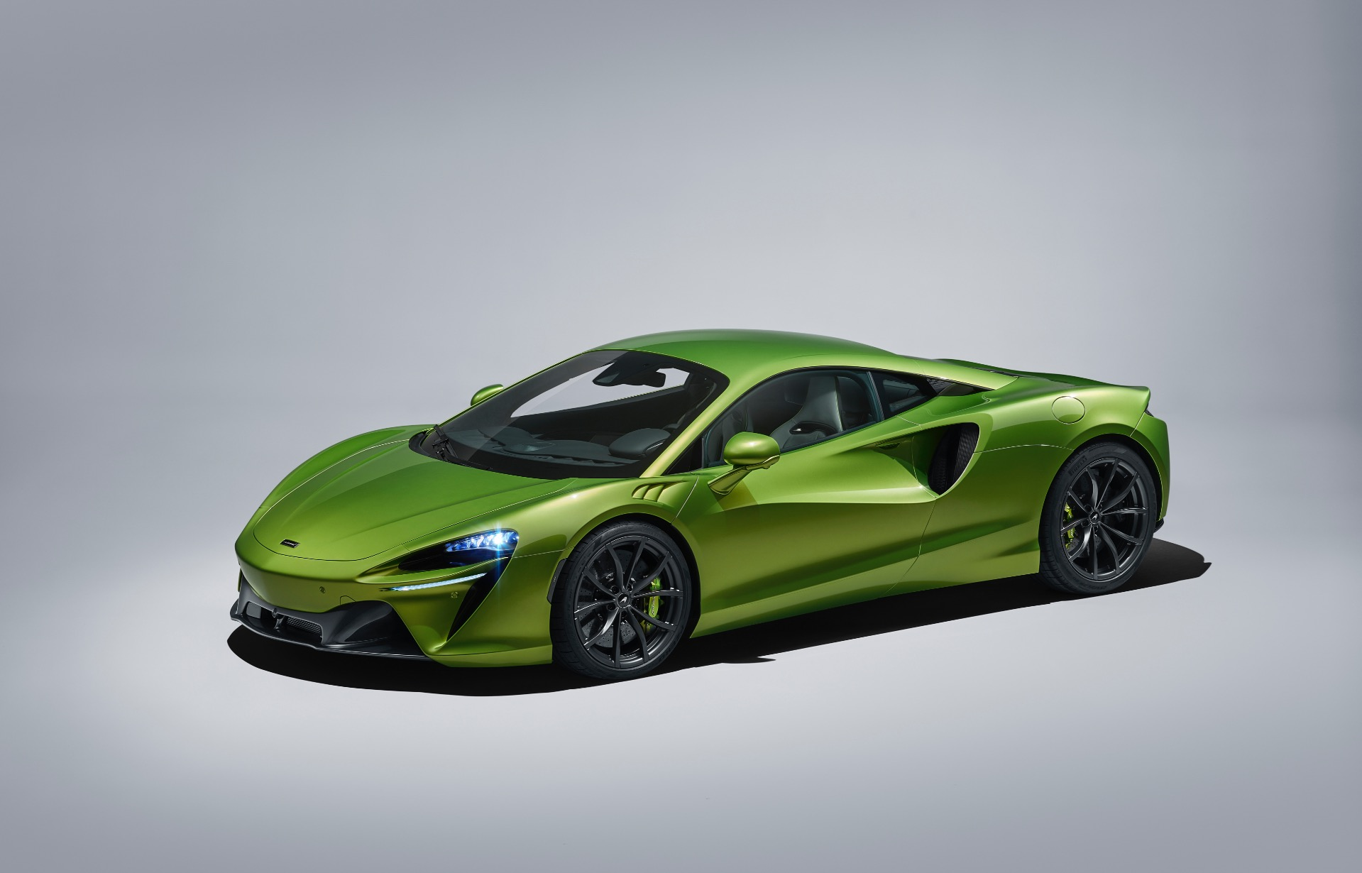 New 2021 McLaren Artura for sale Call for price at Rolls-Royce Motor Cars Greenwich in Greenwich CT 06830 1
