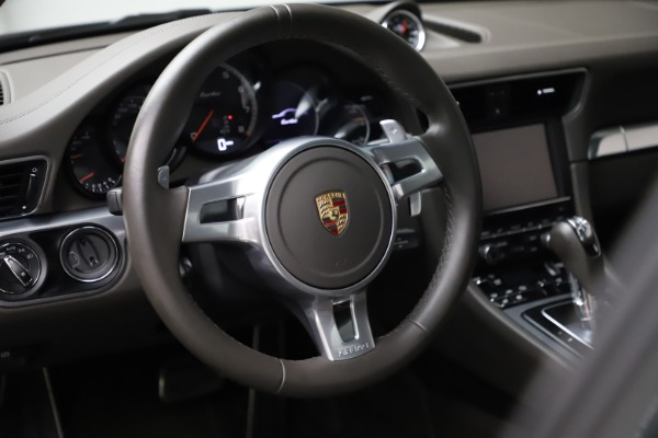 Used 2015 Porsche 911 Turbo for sale $109,900 at Rolls-Royce Motor Cars Greenwich in Greenwich CT 06830 16