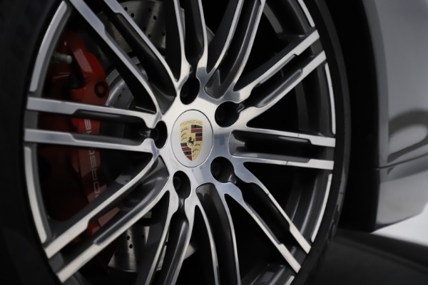 Used 2015 Porsche 911 Turbo for sale $109,900 at Rolls-Royce Motor Cars Greenwich in Greenwich CT 06830 24