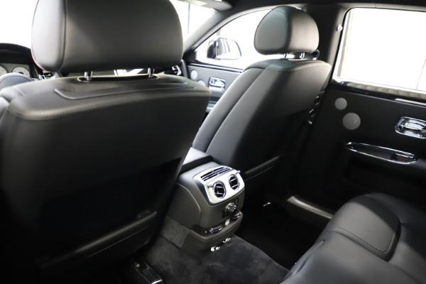 Used 2016 Rolls-Royce Ghost for sale $165,900 at Rolls-Royce Motor Cars Greenwich in Greenwich CT 06830 16