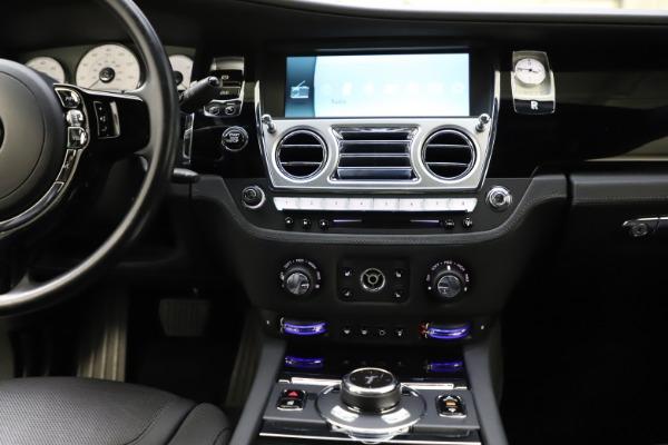 Used 2016 Rolls-Royce Ghost for sale $165,900 at Rolls-Royce Motor Cars Greenwich in Greenwich CT 06830 26