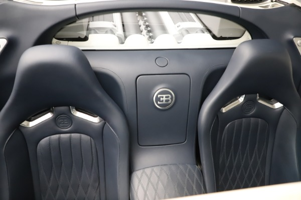 Used 2010 Bugatti Veyron 16.4 Grand Sport for sale Call for price at Rolls-Royce Motor Cars Greenwich in Greenwich CT 06830 28