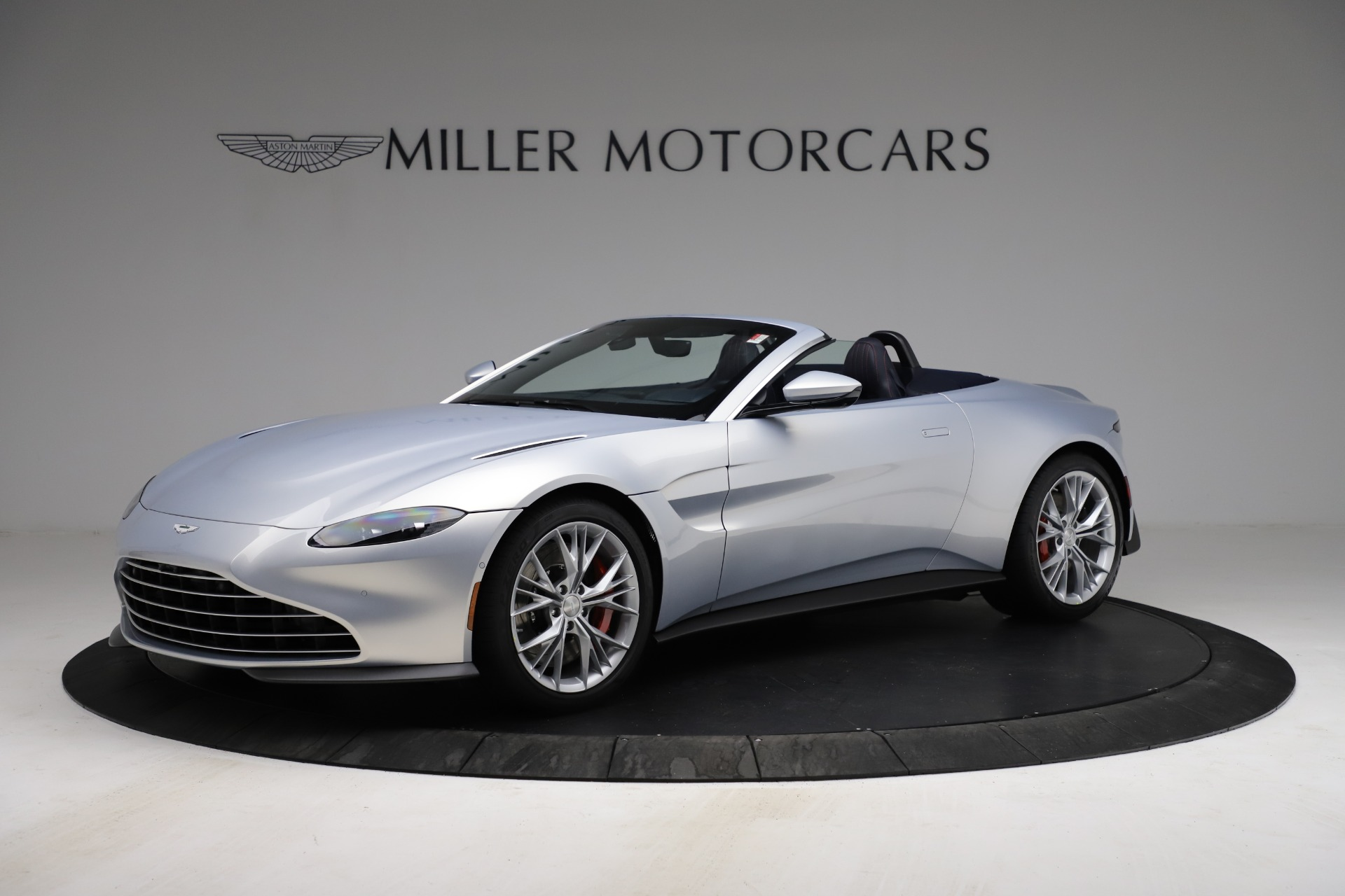 New 2021 Aston Martin Vantage Roadster for sale $184,286 at Rolls-Royce Motor Cars Greenwich in Greenwich CT 06830 1