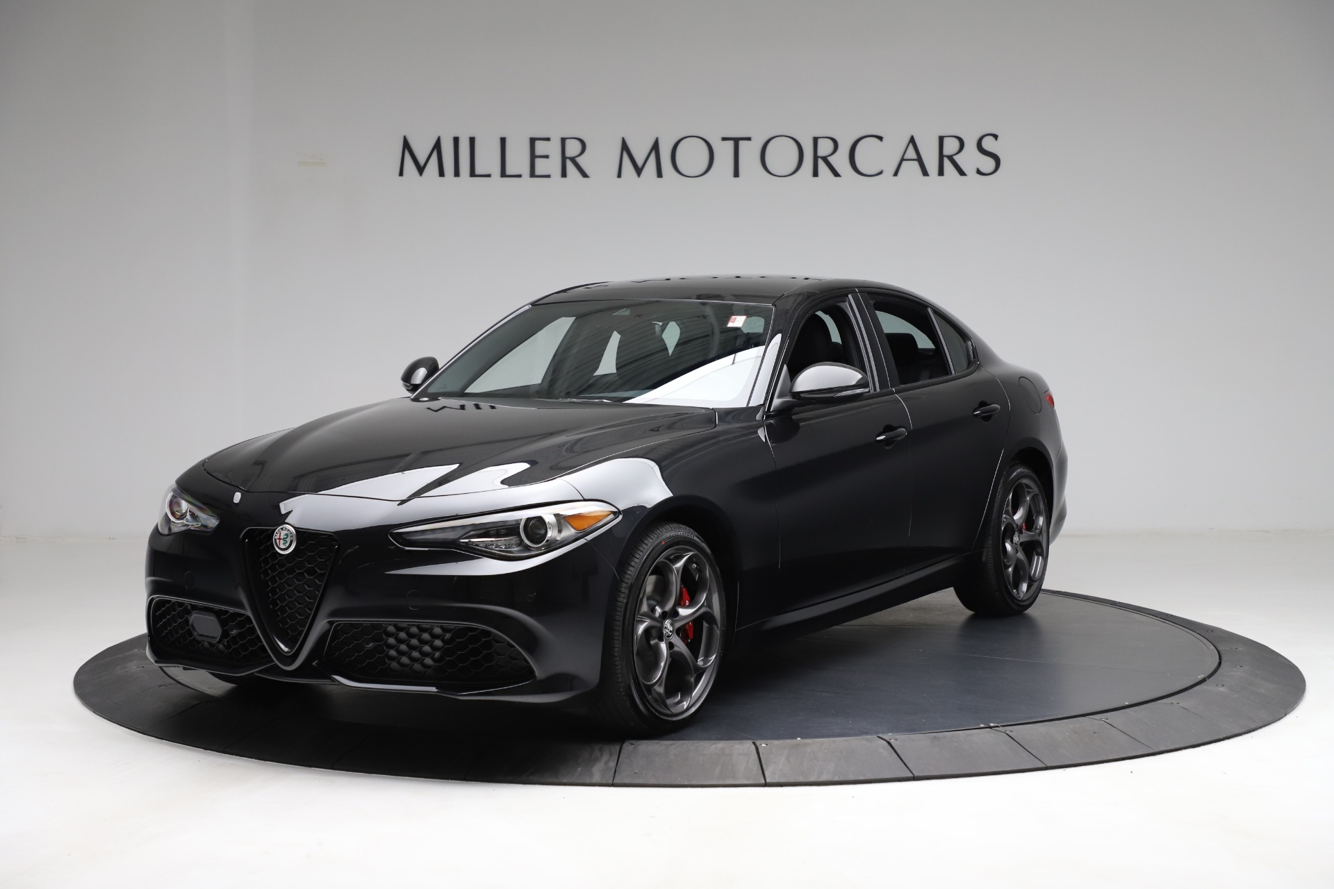 New 2021 Alfa Romeo Giulia Ti Sport Q4 for sale $53,850 at Rolls-Royce Motor Cars Greenwich in Greenwich CT 06830 1