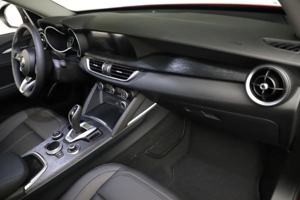 New 2021 Alfa Romeo Stelvio Q4 for sale $50,535 at Rolls-Royce Motor Cars Greenwich in Greenwich CT 06830 21