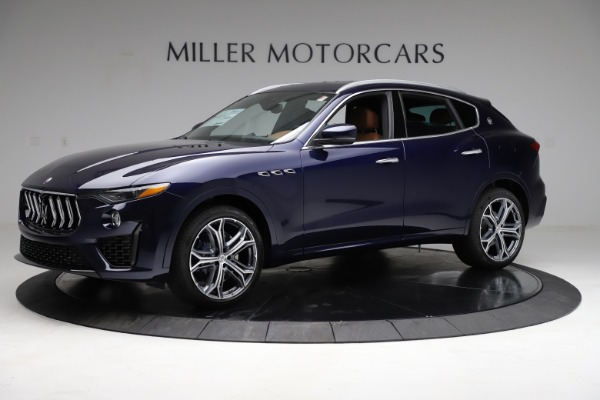 New 2021 Maserati Levante S Q4 for sale $98,925 at Rolls-Royce Motor Cars Greenwich in Greenwich CT 06830 3