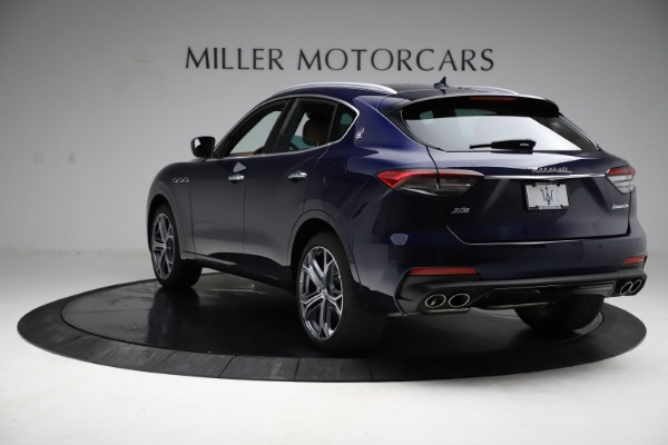 New 2021 Maserati Levante S Q4 for sale $98,925 at Rolls-Royce Motor Cars Greenwich in Greenwich CT 06830 6