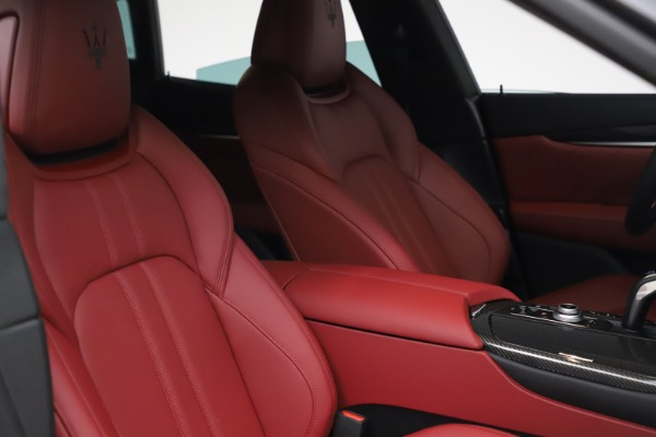 New 2021 Maserati Levante S Q4 GranSport for sale $105,835 at Rolls-Royce Motor Cars Greenwich in Greenwich CT 06830 19