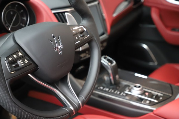 New 2021 Maserati Levante S Q4 GranSport for sale $105,835 at Rolls-Royce Motor Cars Greenwich in Greenwich CT 06830 21