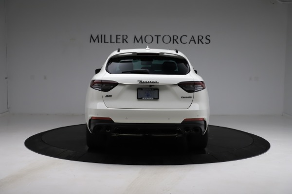 New 2021 Maserati Levante S Q4 GranSport for sale $105,835 at Rolls-Royce Motor Cars Greenwich in Greenwich CT 06830 7