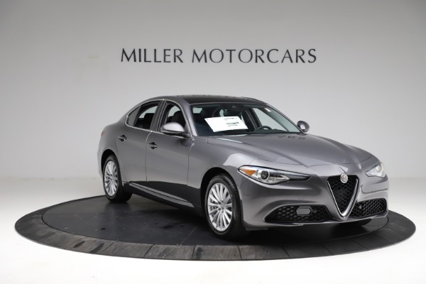 New 2021 Alfa Romeo Giulia Q4 for sale $46,895 at Rolls-Royce Motor Cars Greenwich in Greenwich CT 06830 11