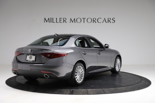 New 2021 Alfa Romeo Giulia Q4 for sale $46,895 at Rolls-Royce Motor Cars Greenwich in Greenwich CT 06830 7
