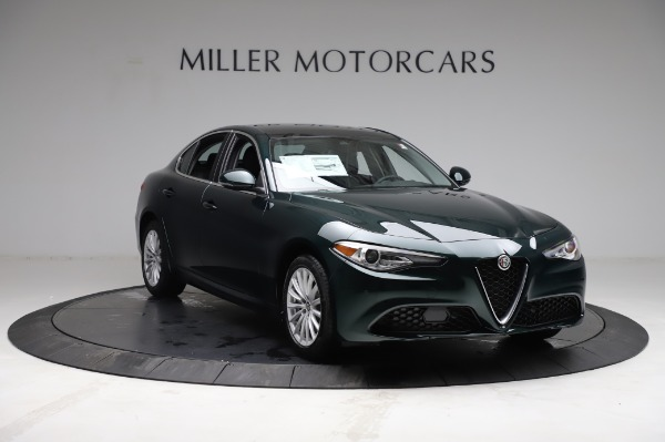 New 2021 Alfa Romeo Giulia Q4 for sale $46,895 at Rolls-Royce Motor Cars Greenwich in Greenwich CT 06830 11
