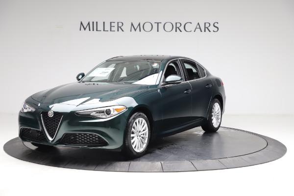New 2021 Alfa Romeo Giulia Q4 for sale $46,895 at Rolls-Royce Motor Cars Greenwich in Greenwich CT 06830 2