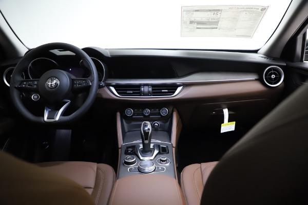 New 2021 Alfa Romeo Stelvio Ti Q4 for sale Sold at Rolls-Royce Motor Cars Greenwich in Greenwich CT 06830 17