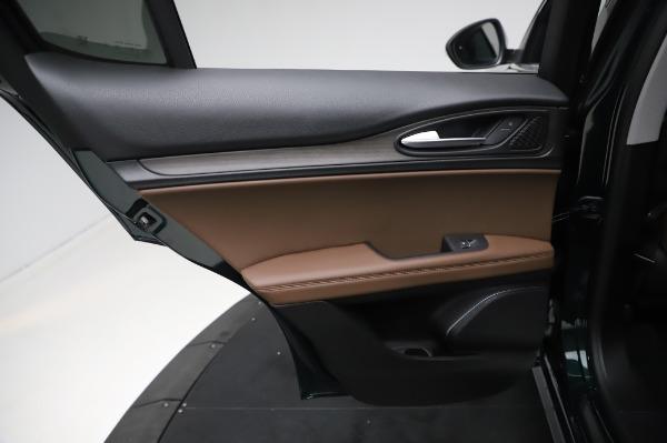 New 2021 Alfa Romeo Stelvio Ti Q4 for sale Sold at Rolls-Royce Motor Cars Greenwich in Greenwich CT 06830 21