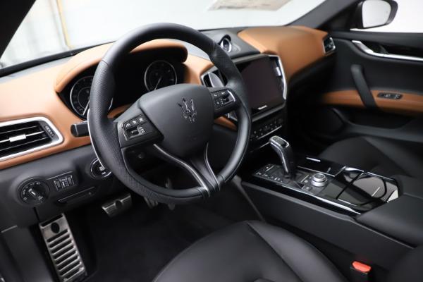 New 2021 Maserati Ghibli S Q4 for sale $90,525 at Rolls-Royce Motor Cars Greenwich in Greenwich CT 06830 13