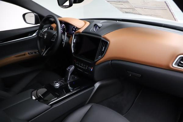 New 2021 Maserati Ghibli S Q4 for sale $90,525 at Rolls-Royce Motor Cars Greenwich in Greenwich CT 06830 22