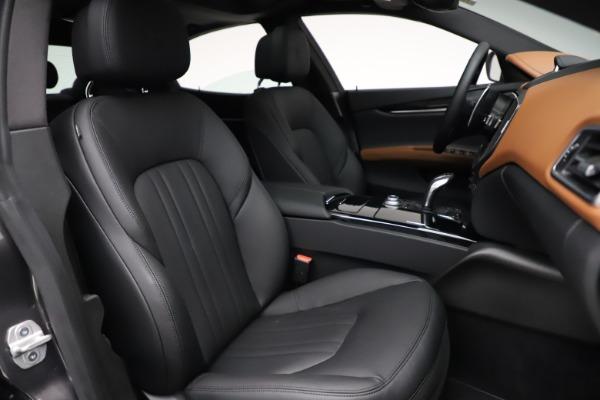 New 2021 Maserati Ghibli S Q4 for sale $90,525 at Rolls-Royce Motor Cars Greenwich in Greenwich CT 06830 24